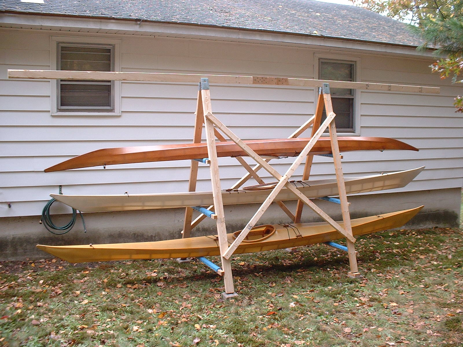 Overview of a simple, A-frame kayak storage rack